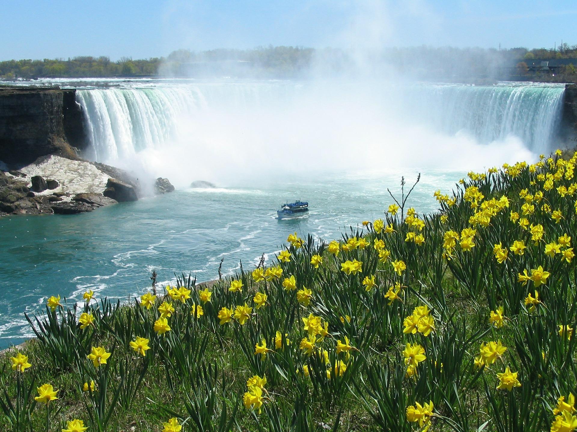 Travailler autrement au Canada-Les chutes du Niagara