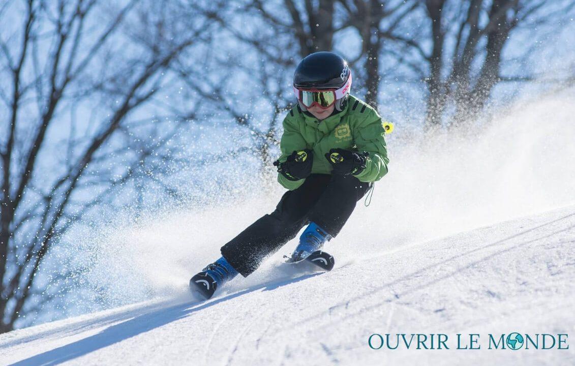 les 7 accessoires indispensables pour réussir son séjour au ski
