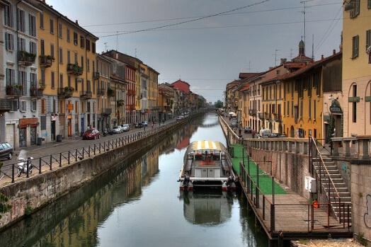 Italie milan naviglio canal