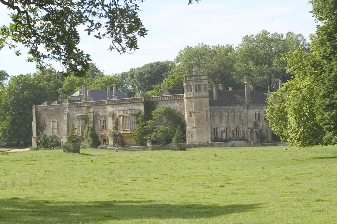 Lieux de tournage de Harry potter en Grande-Bretagne-Abbaye de Lacock
