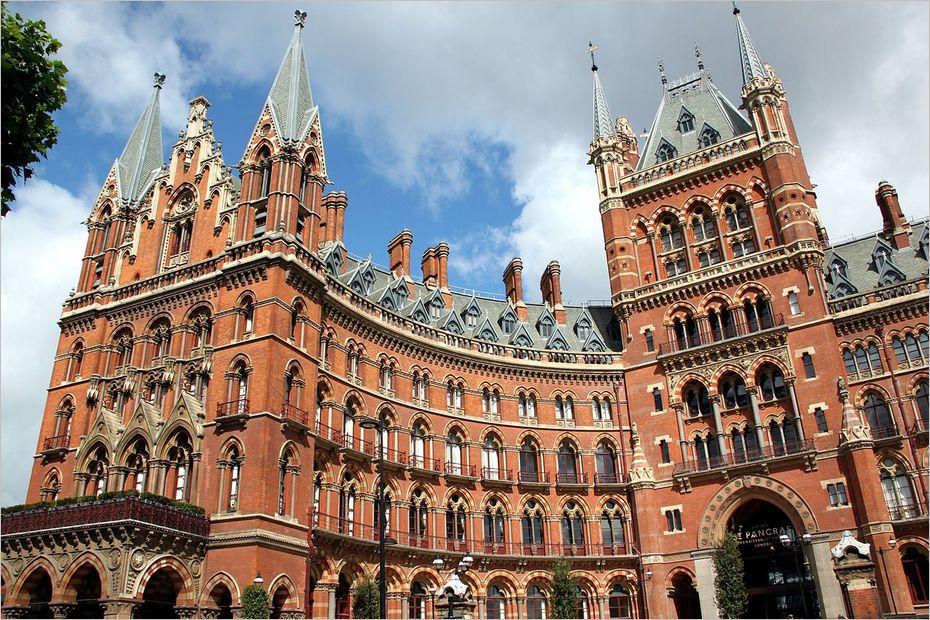 Lieux de tournage de Harry potter en Grande-Bretagne-Hôtel de la gare Saint Pancras International